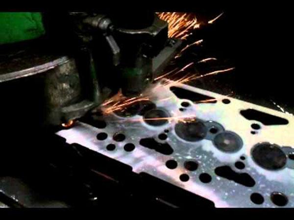 Spianatura testate e cilindri Roma - Costruzioni Meccaniche (3)